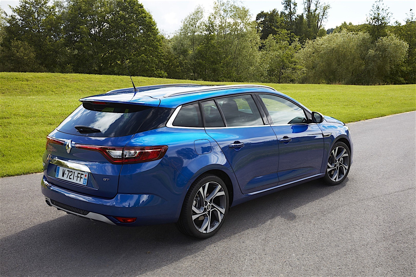Renault Megane Estate 2016 Autoevolution