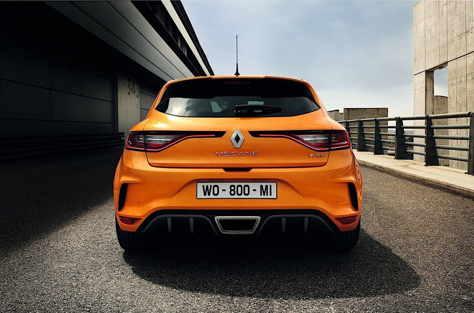 Megane Rs 2017 >> Renault Megane Rs 5 Doors Specs Photos 2017 2018 2019