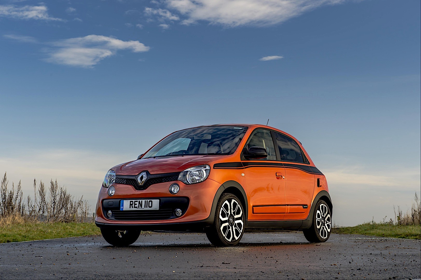 renault twingo gt specs photos 2016 2017 2018 2019 autoevolution. Black Bedroom Furniture Sets. Home Design Ideas