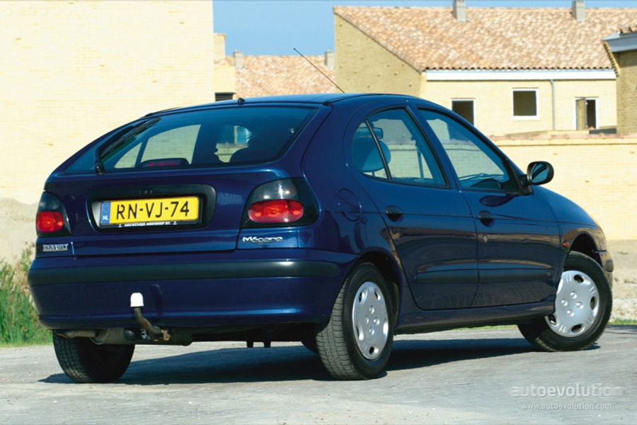 RENAULT Megane 5 Doors specs & photos - 1996, 1997, 1998 ...