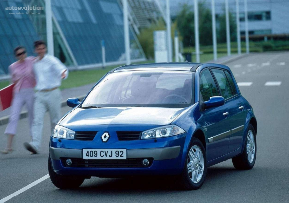renault megane 5 doors specs 2002 2003 2004 2005 2006 autoevolution. Black Bedroom Furniture Sets. Home Design Ideas