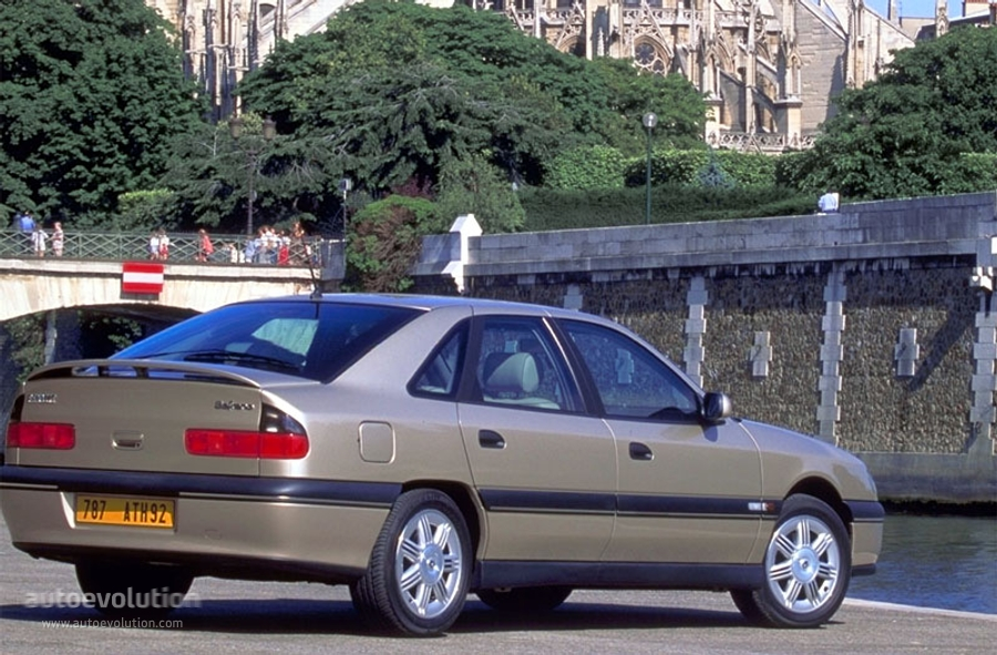 Renault Safrane 1996 1997 1998 1999 2000 Autoevolution