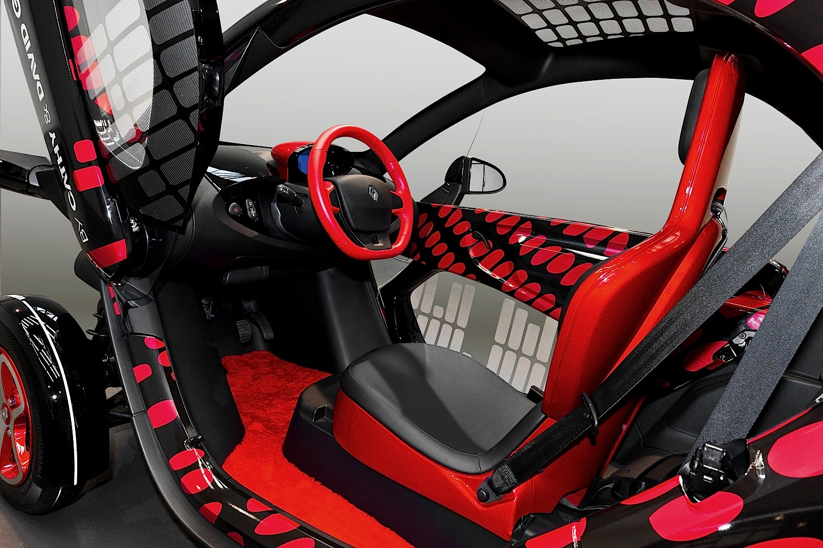 renault twizy specs photos 2012 2013 2014 2015 2016 2017 2018 2019 autoevolution. Black Bedroom Furniture Sets. Home Design Ideas