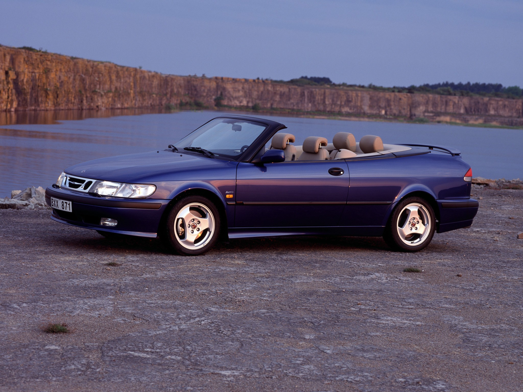 saab 9 3 aero convertible specs photos 1999 2000. Black Bedroom Furniture Sets. Home Design Ideas