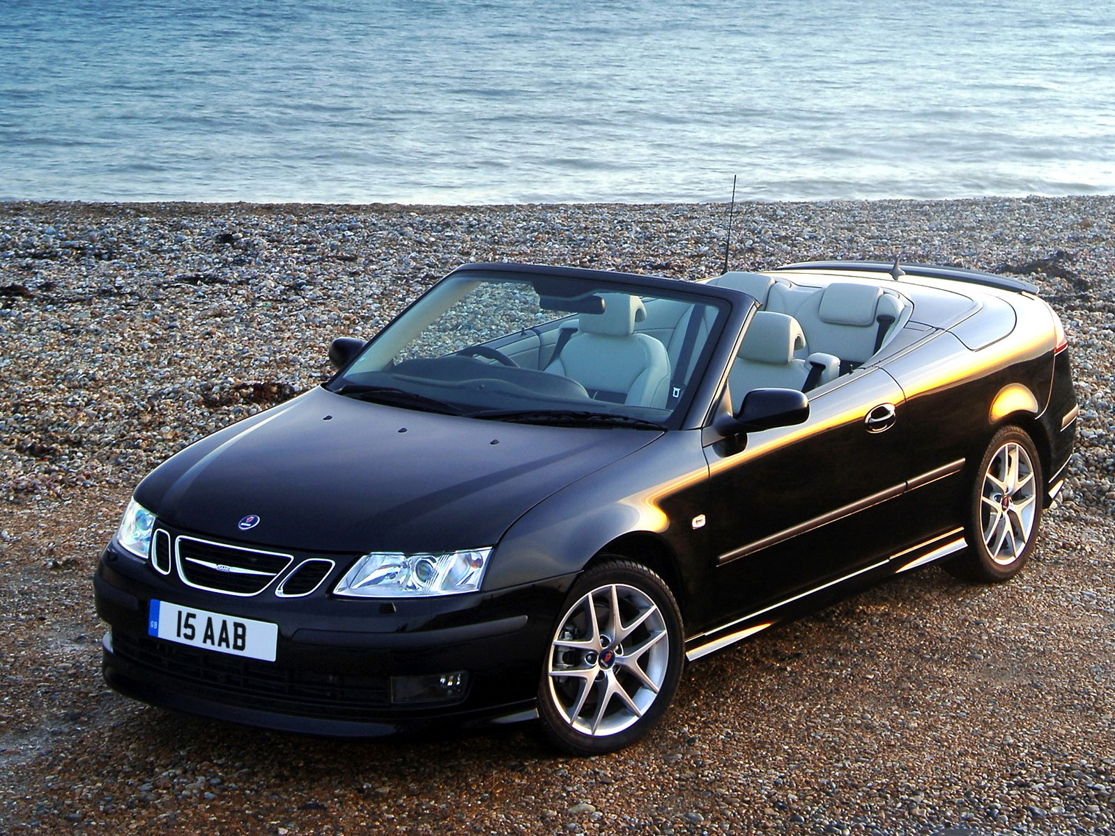 saab 9 3 aero convertible specs photos 2003 2004. Black Bedroom Furniture Sets. Home Design Ideas