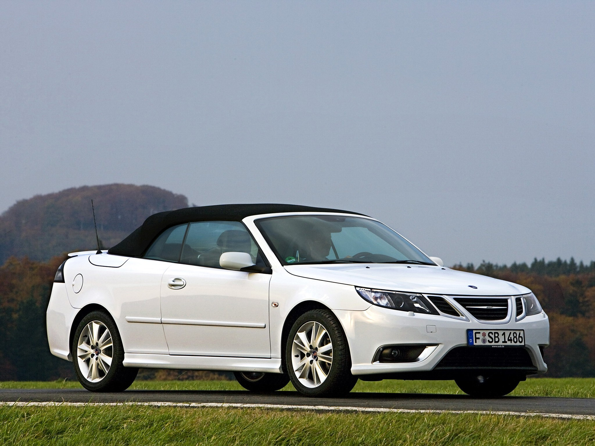 saab 9 3 convertible specs photos 2009 2010 2011. Black Bedroom Furniture Sets. Home Design Ideas
