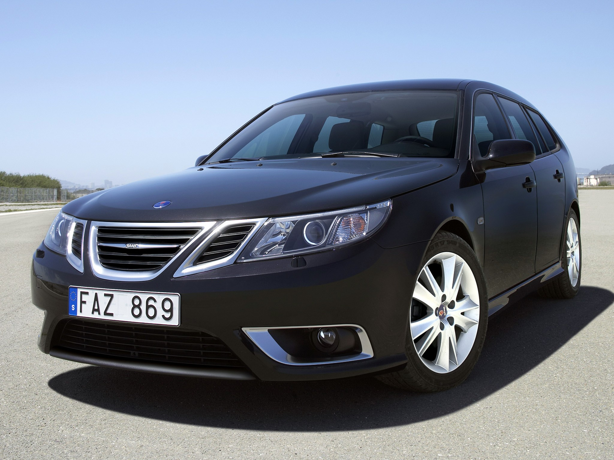 saab 9 3 sportcombi specs 2009 2010 2011 2012 autoevolution. Black Bedroom Furniture Sets. Home Design Ideas