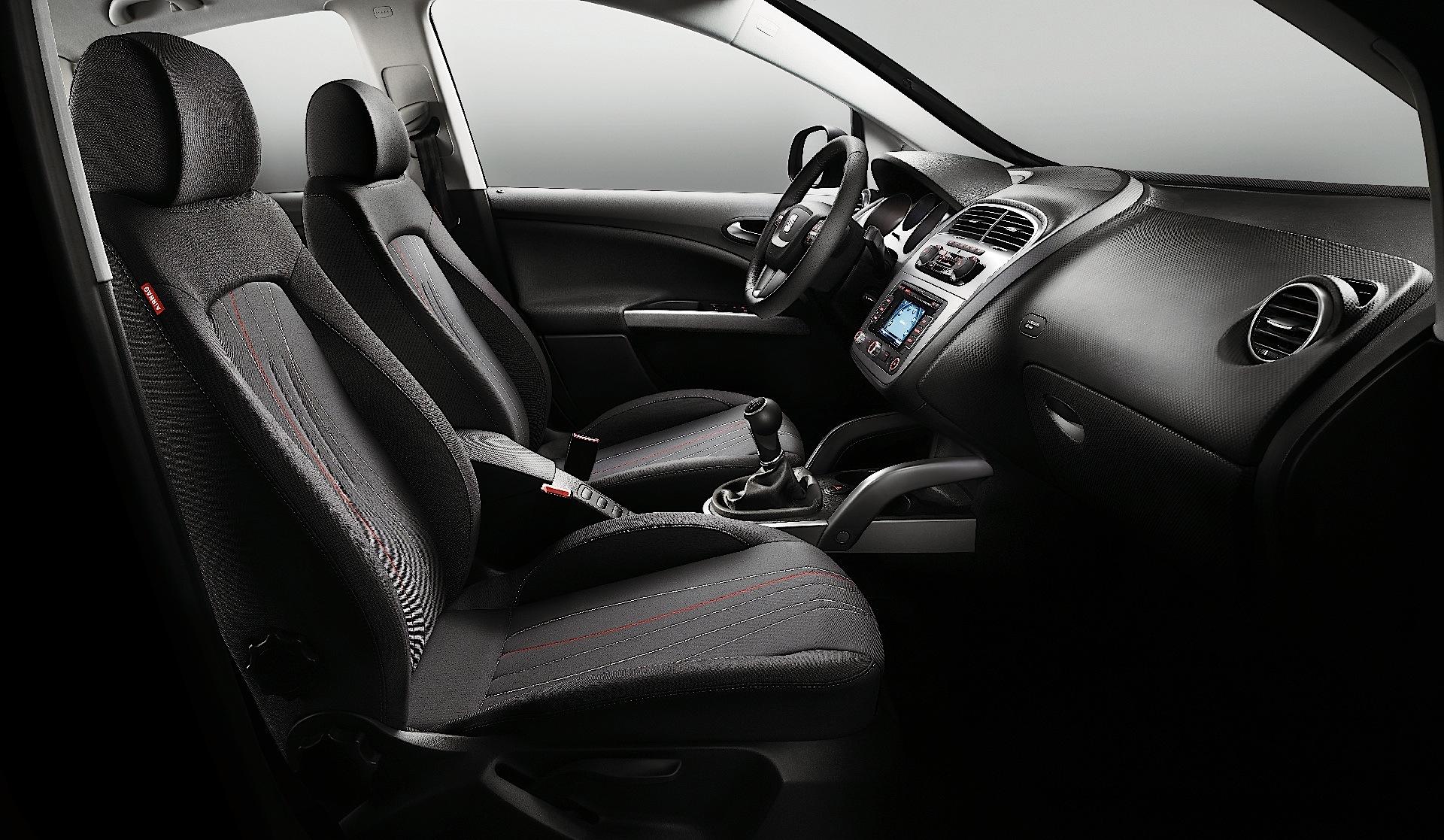 SEAT Altea specs & photos - 2009, 2010, 2011, 2012, 2013, 2014, 2015 ...