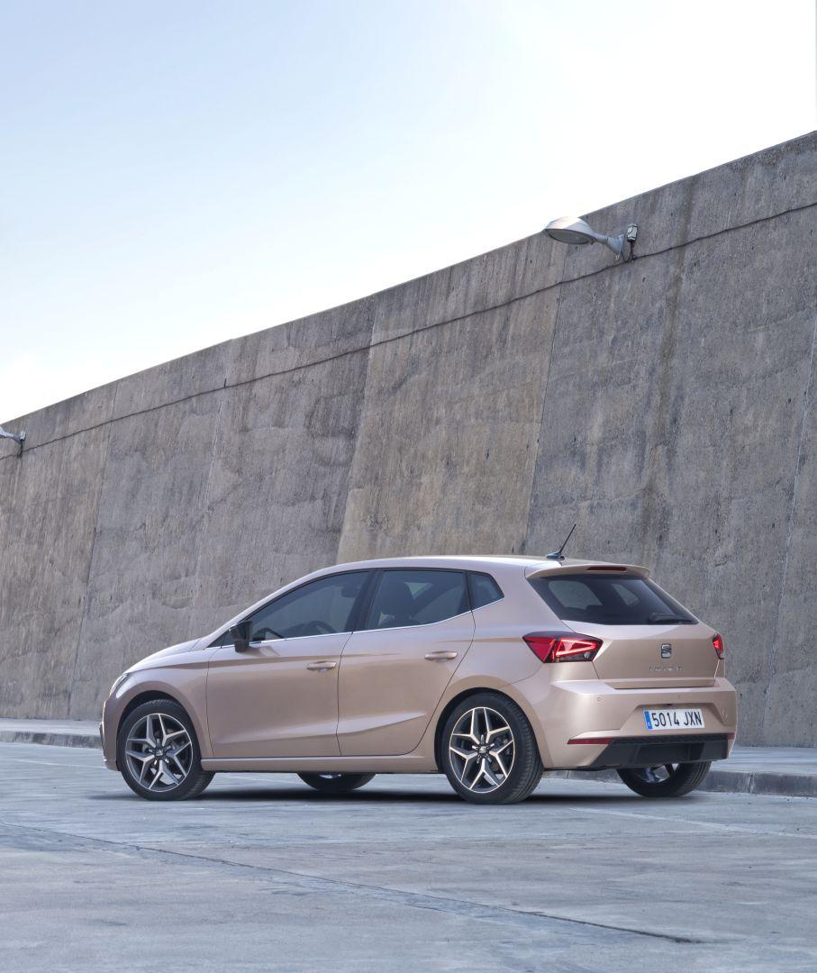 SEAT Ibiza 5-doors Specs & Photos
