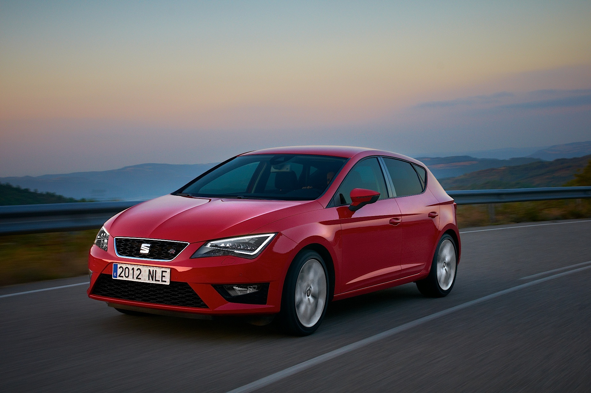 seat leon 5 doors specs 2012 2013 2014 2015 2016. Black Bedroom Furniture Sets. Home Design Ideas