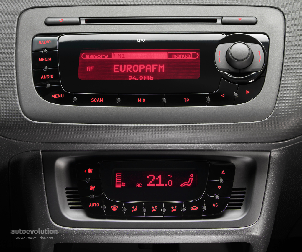 cambiar radio seat ibiza 2009 forocoches rh m forocoches com Seat Ibiza 2008 Seat Ibiza 2007