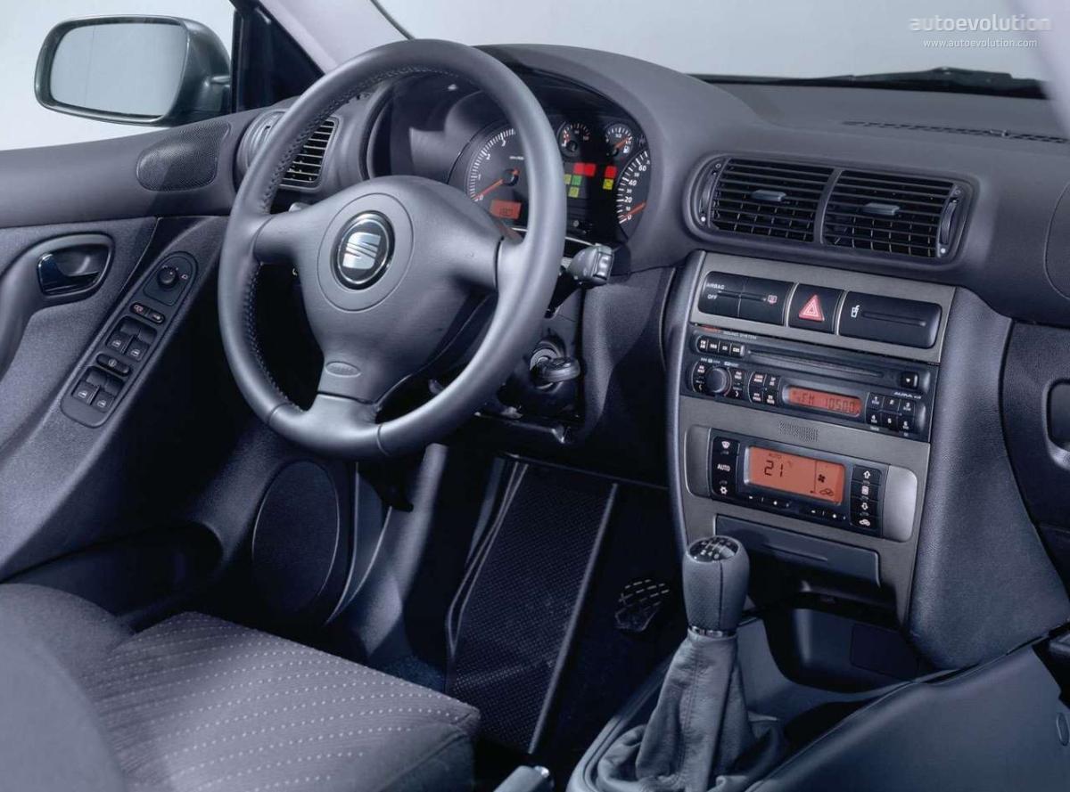 Seat toledo specs 1999 2000 2001 2002 2003 2004 for Interieur sport golf