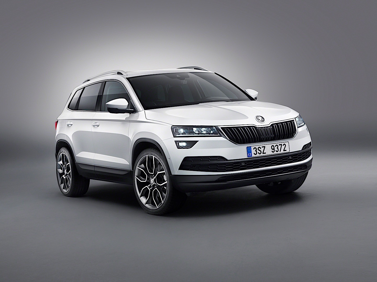 skoda karoq specs photos 2017 2018 2019 autoevolution. Black Bedroom Furniture Sets. Home Design Ideas