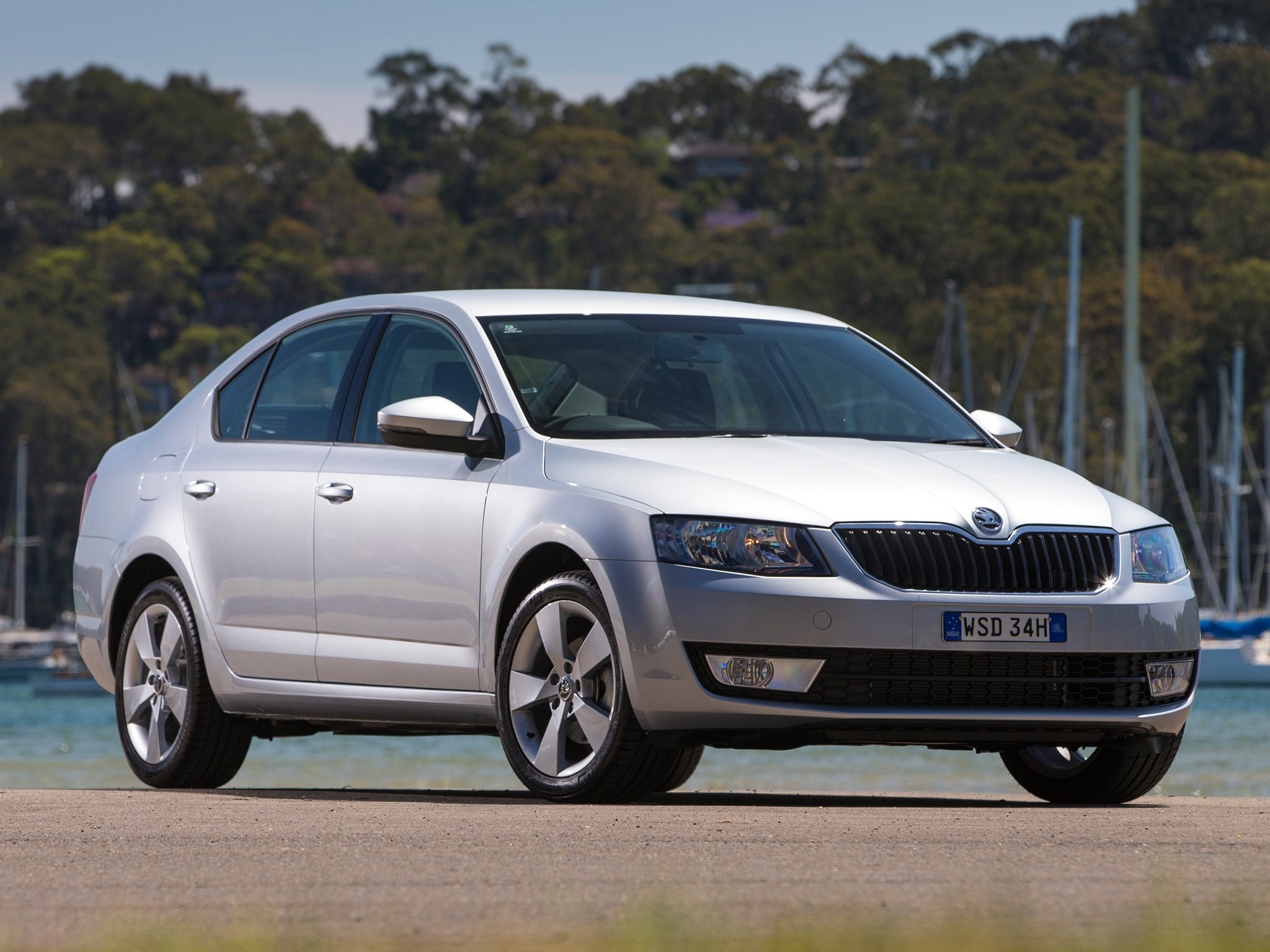 skoda octavia specs photos 2013 2014 2015 2016. Black Bedroom Furniture Sets. Home Design Ideas