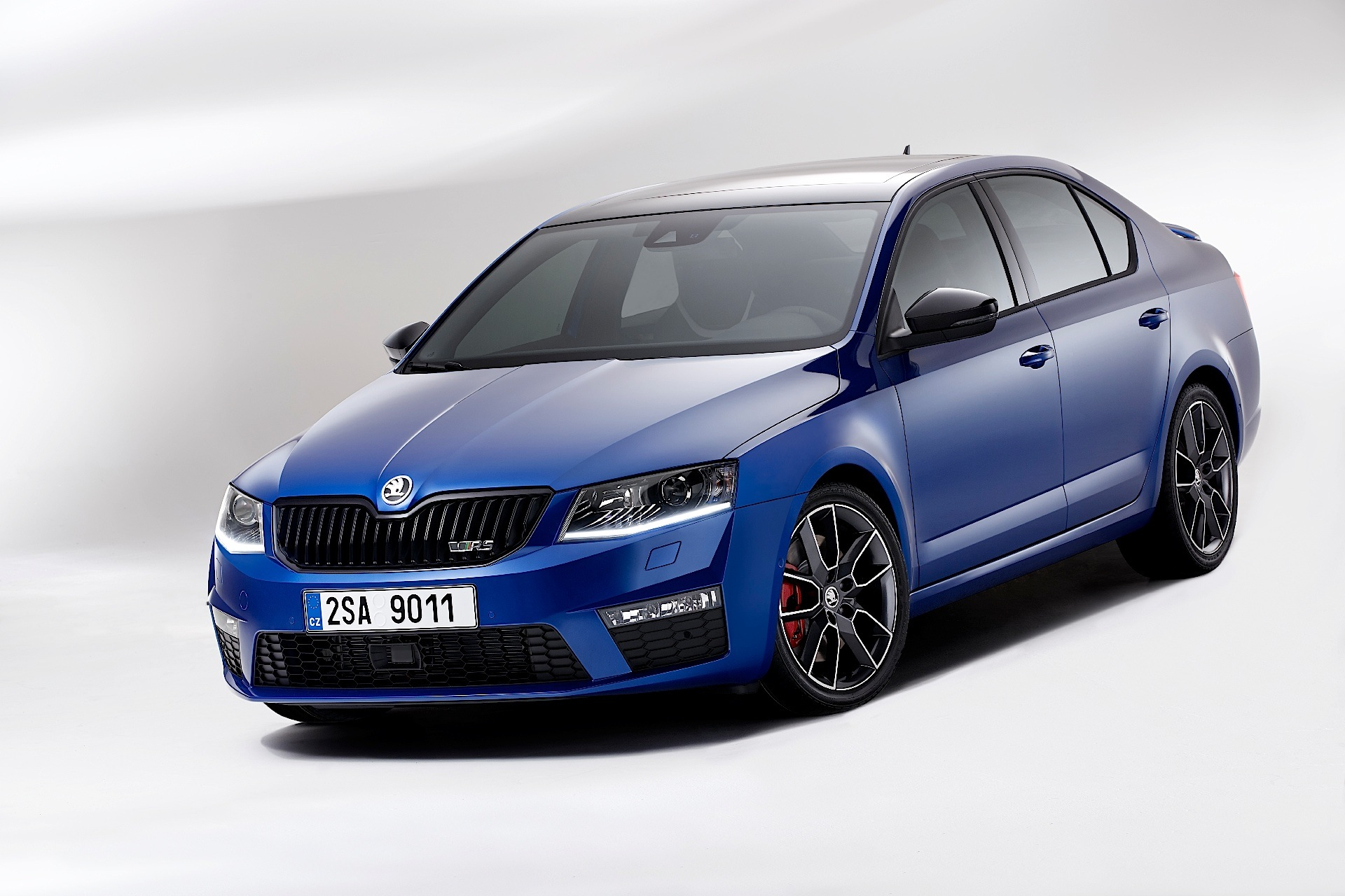 skoda octavia rs specs 2014 2015 2016 autoevolution. Black Bedroom Furniture Sets. Home Design Ideas