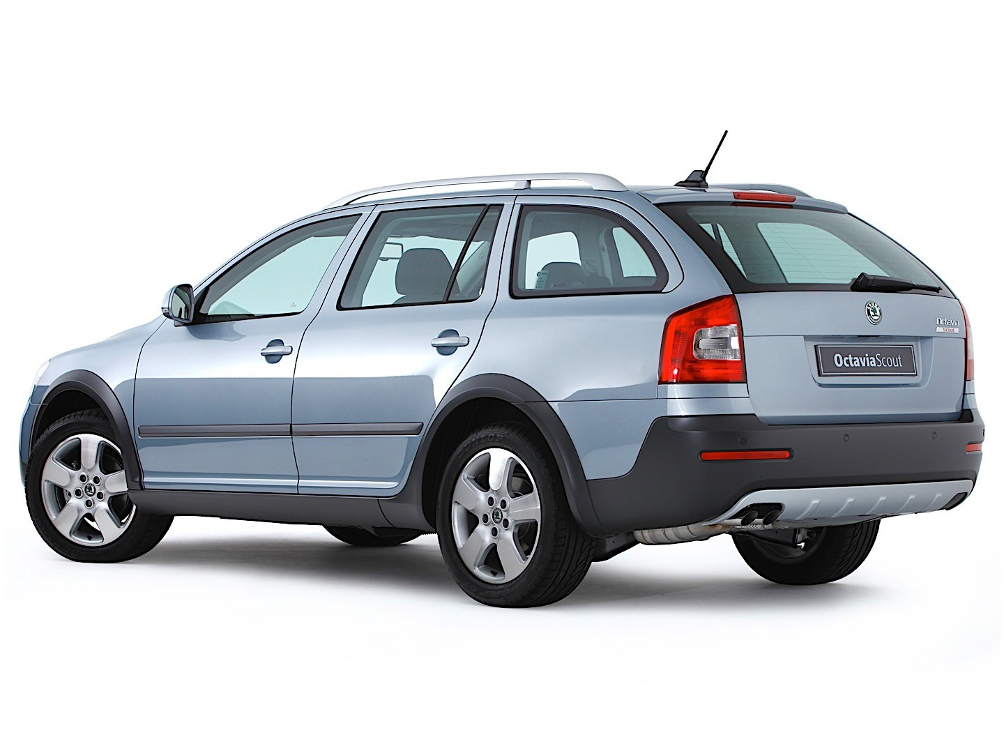 skoda octavia scout specs 2009 2010 2011 2012 2013 autoevolution. Black Bedroom Furniture Sets. Home Design Ideas