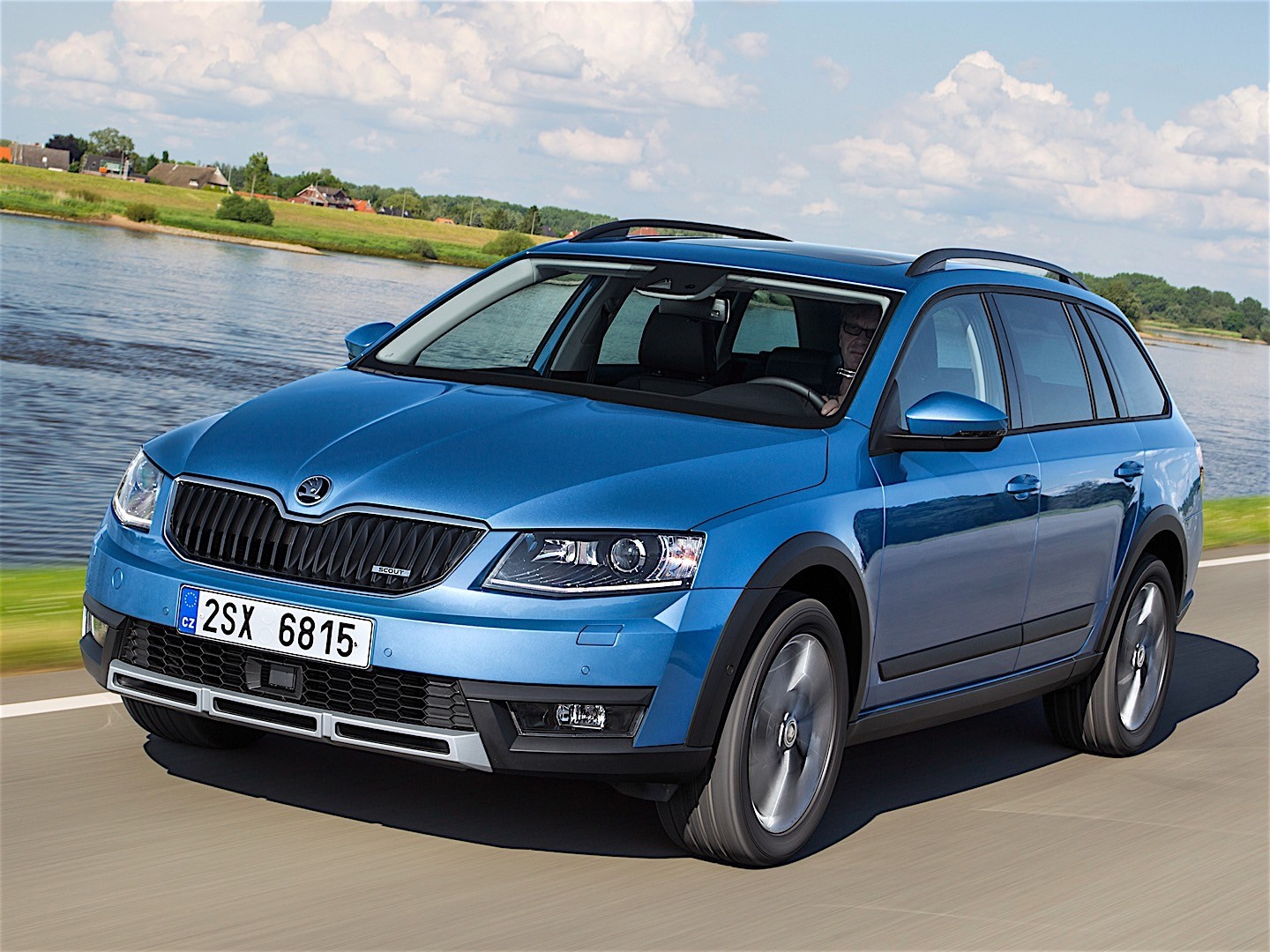 skoda octavia scout specs 2015 2016 2017 2018. Black Bedroom Furniture Sets. Home Design Ideas