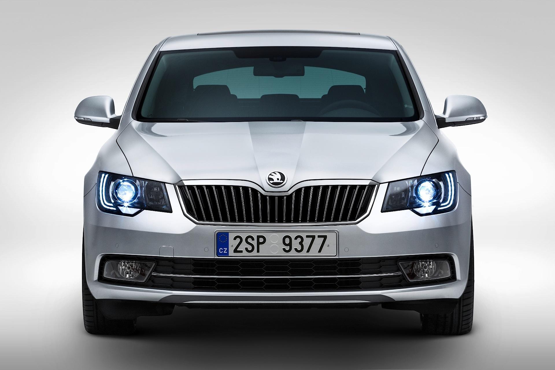Skoda Superb Specs 2013 2014 2015 Autoevolution
