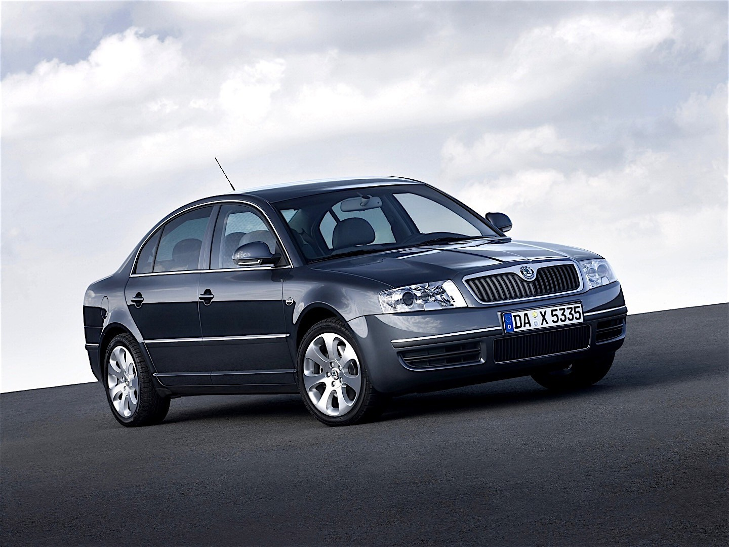 skoda superb specs 2006 2007 2008 autoevolution. Black Bedroom Furniture Sets. Home Design Ideas