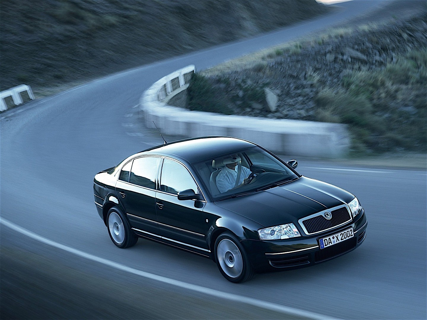 skoda superb specs 2002 2003 2004 2005 2006 autoevolution. Black Bedroom Furniture Sets. Home Design Ideas