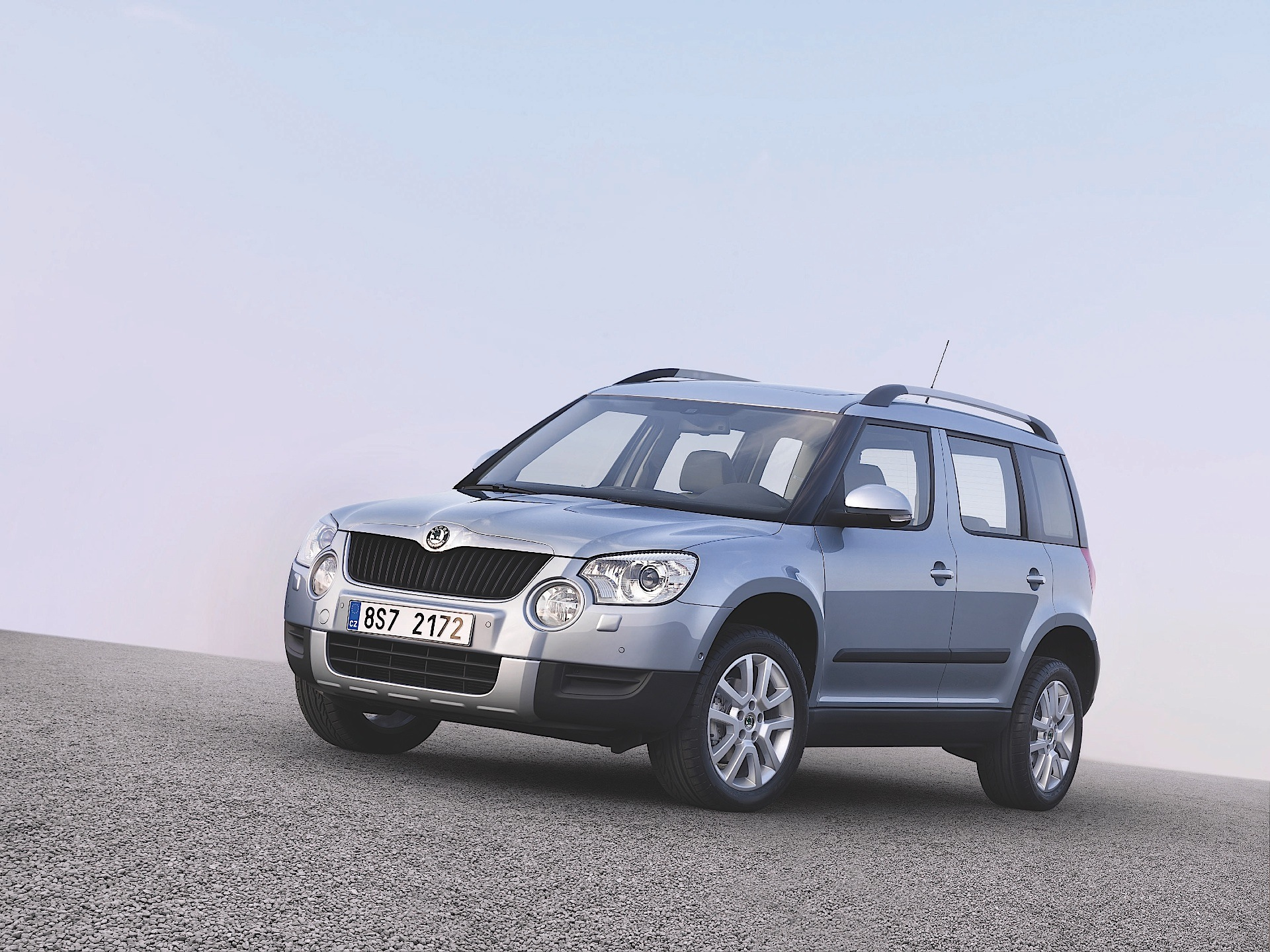 skoda yeti specs 2009 2010 2011 2012 2013 autoevolution. Black Bedroom Furniture Sets. Home Design Ideas