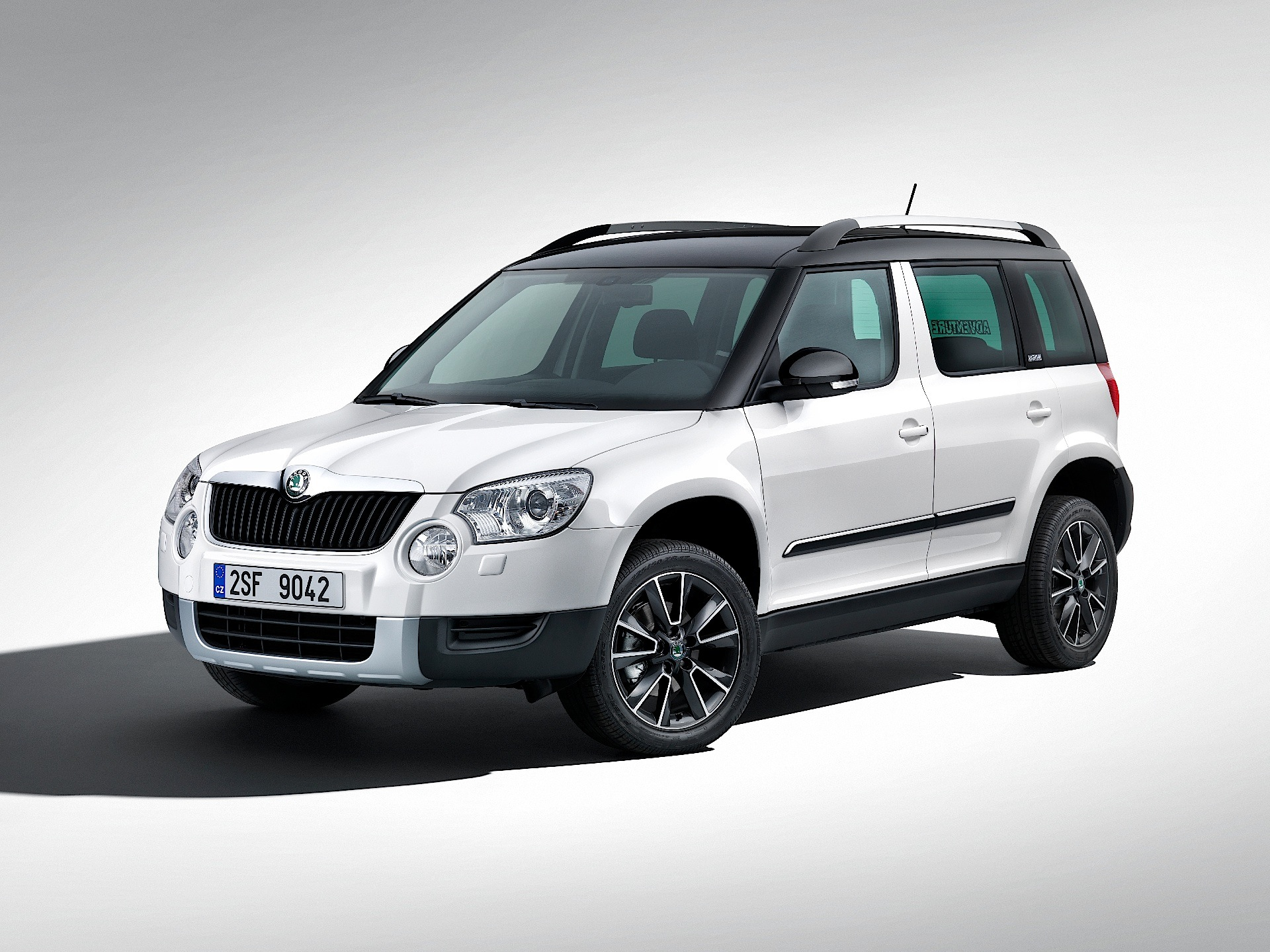skoda yeti 2009 2010 2011 2012 2013 autoevolution. Black Bedroom Furniture Sets. Home Design Ideas