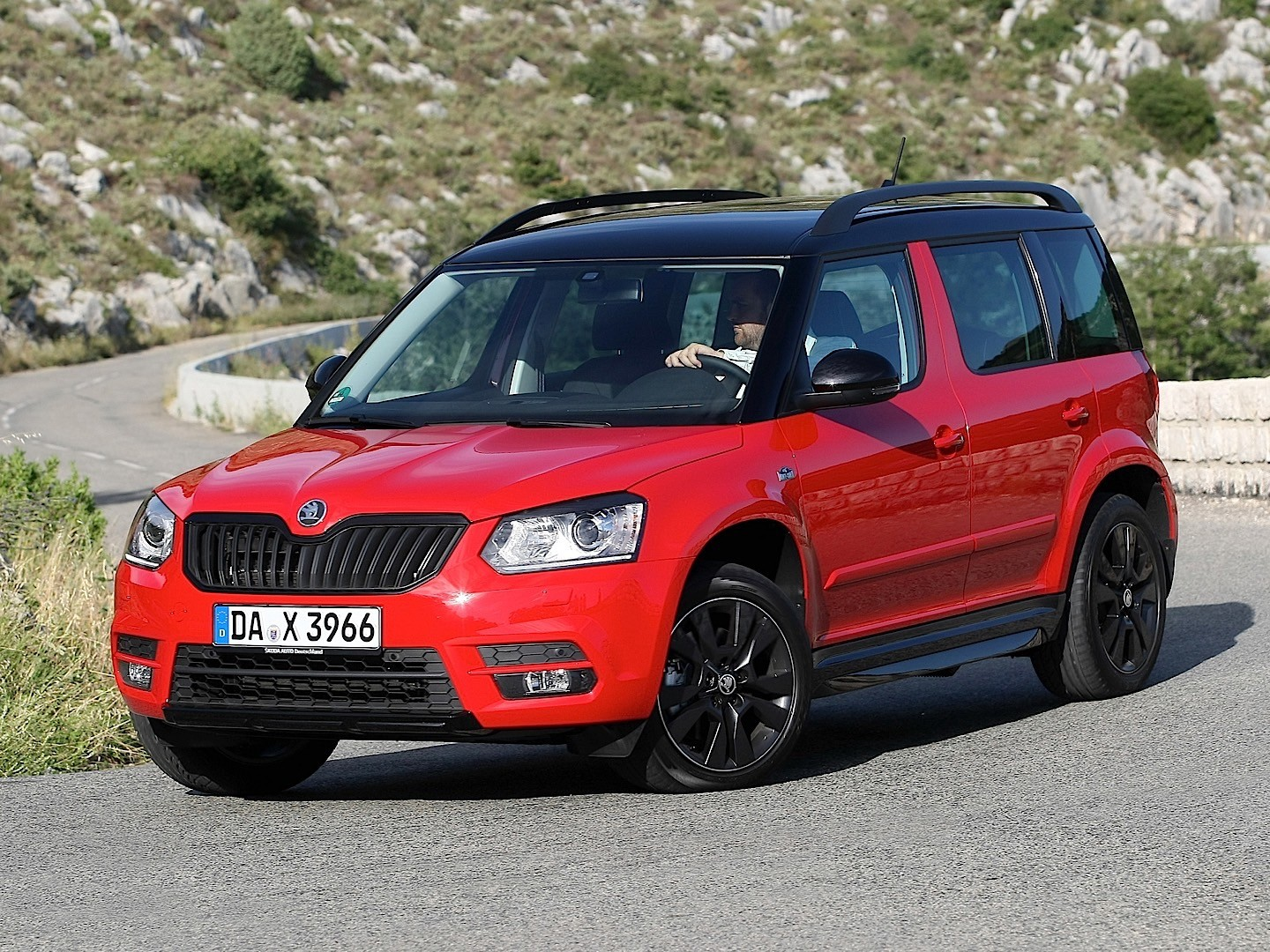 skoda yeti specs 2013 2014 2015 2016 2017. Black Bedroom Furniture Sets. Home Design Ideas