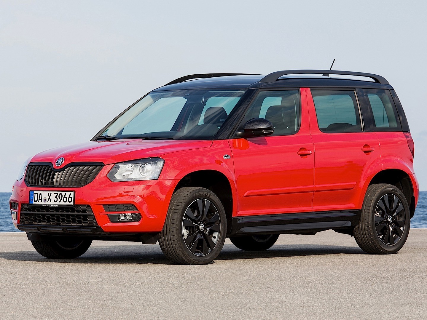 skoda yeti 2013 2014 2015 2016 autoevolution pictures. Black Bedroom Furniture Sets. Home Design Ideas