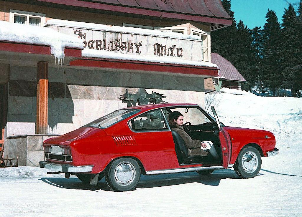 Skoda R on 1970 Dodge Sedan