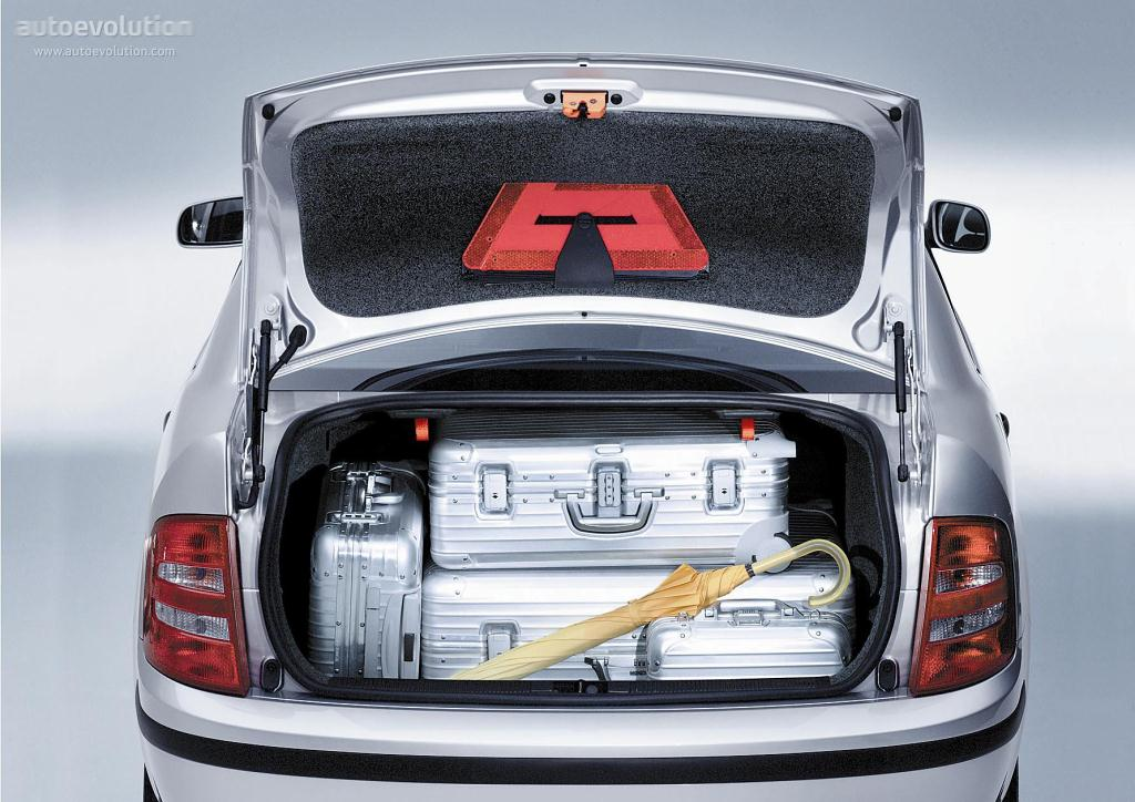 Focus Rs Hp >> SKODA Fabia Sedan specs & photos - 2001, 2002, 2003, 2004, 2005, 2006 - autoevolution