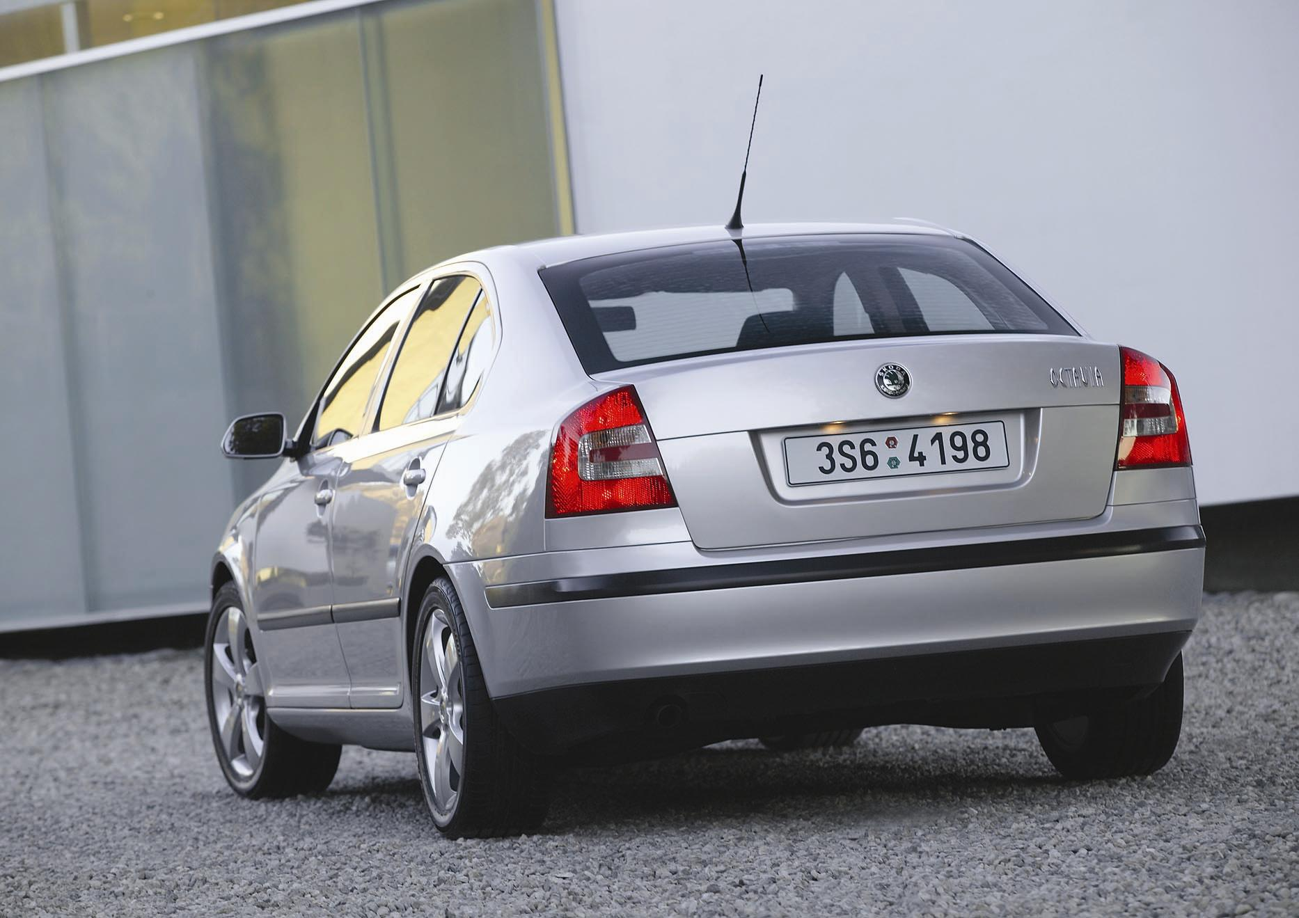 SKODA Octavia II specs & photos - 2004, 2005, 2006, 2007, 2008 - autoevolution