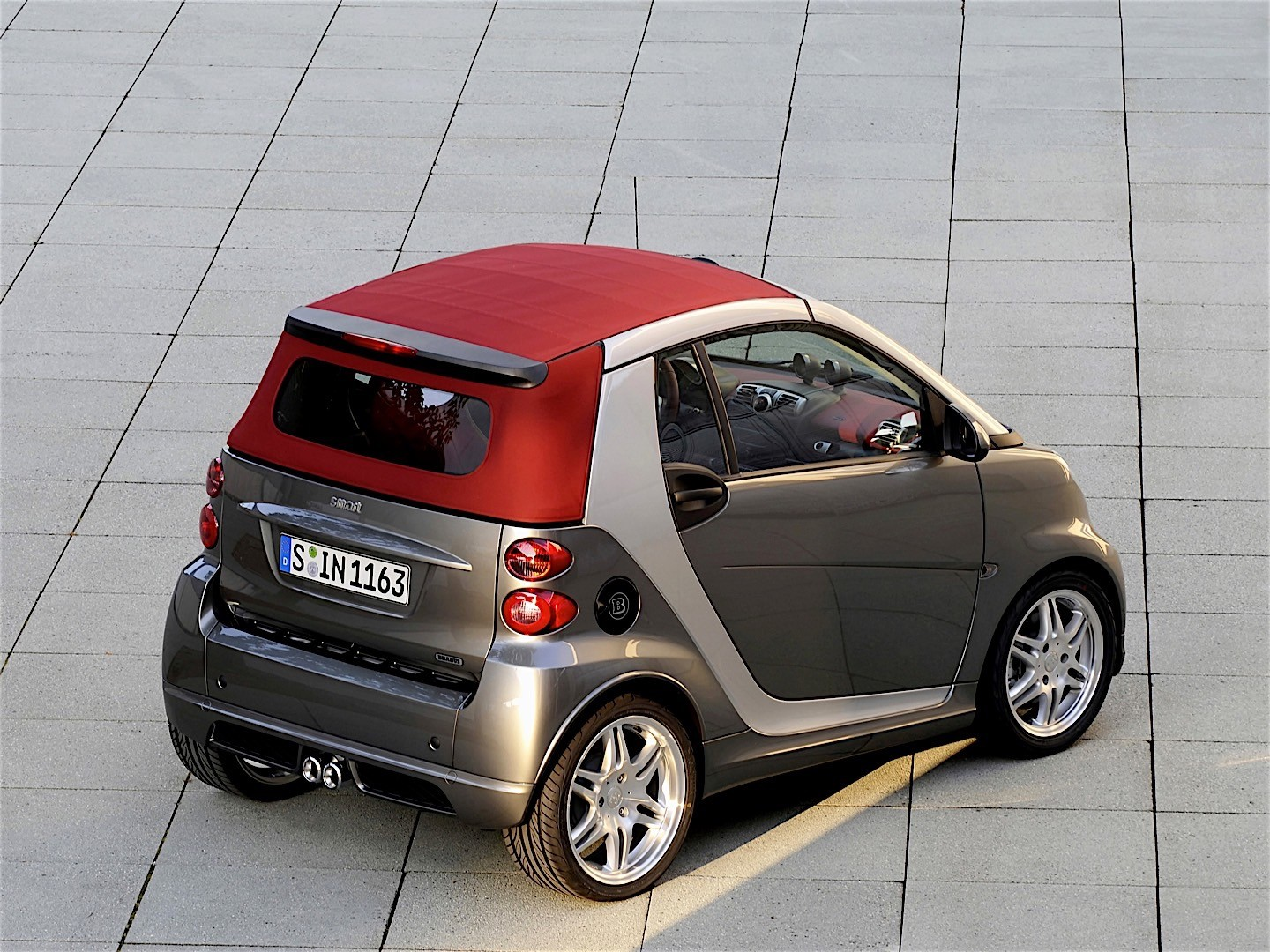 smart fortwo cabrio brabus 2007 2008 2009 2010 2011. Black Bedroom Furniture Sets. Home Design Ideas