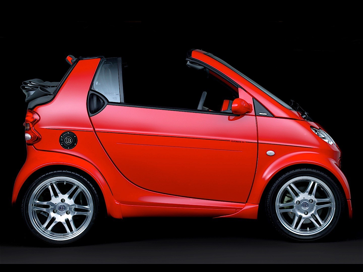 smart fortwo cabrio brabus specs photos 2003 2004 2005 2006 2007 autoevolution. Black Bedroom Furniture Sets. Home Design Ideas
