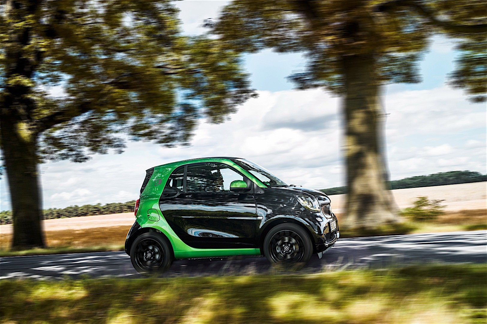 smart fortwo electric drive specs 2016 2017 2018 autoevolution. Black Bedroom Furniture Sets. Home Design Ideas
