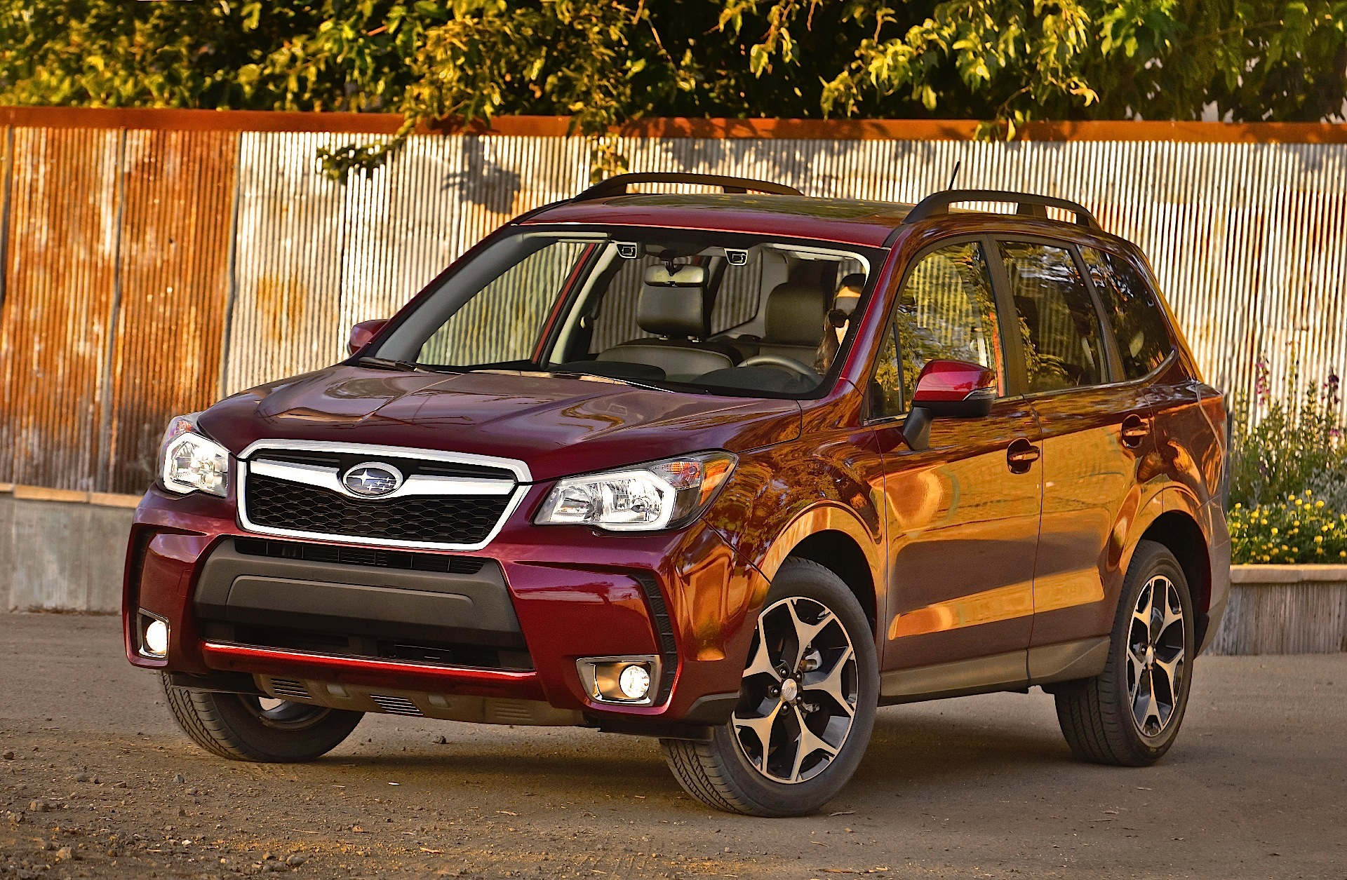 SUBARU Forester specs & photos - 2013, 2014, 2015, 2016 ...