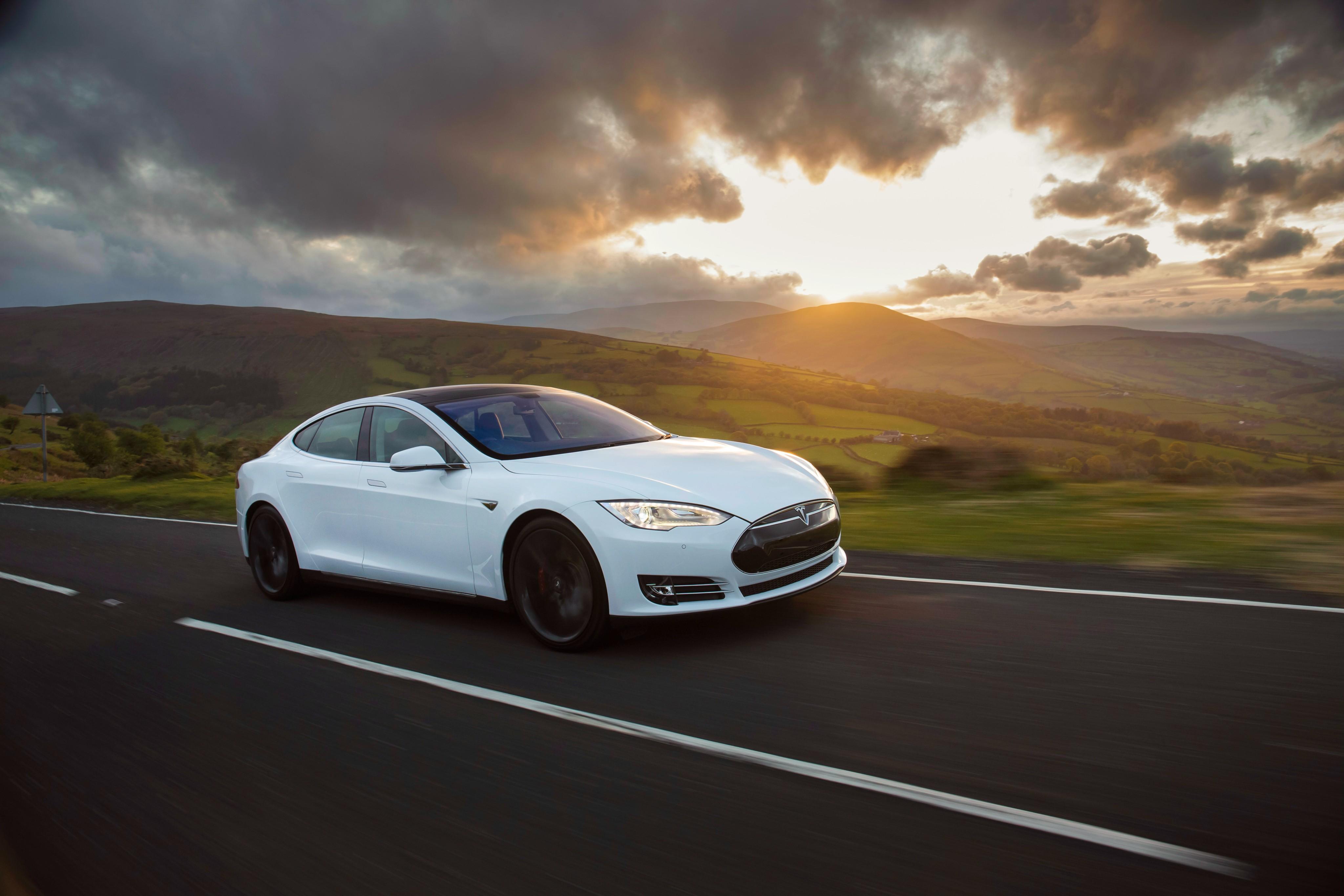 Tesla Motors Model S 2012 2013 2014 2015 2016