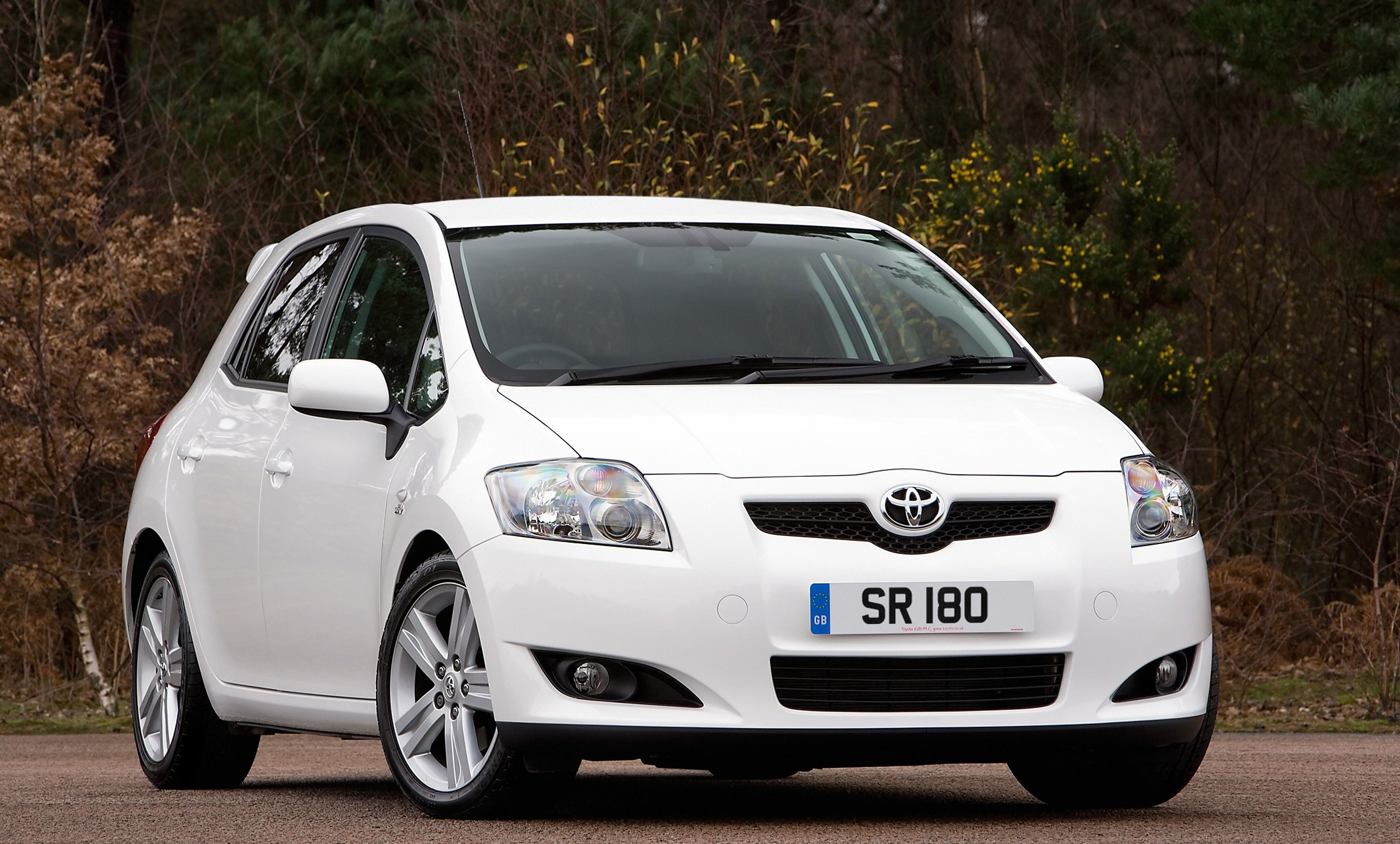 Awesome ... TOYOTA Auris 5 Doors (2006   2010) ...