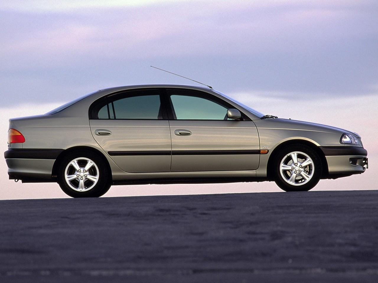 TOYOTA Avensis specs & photos - 1997, 1998, 1999, 2000 - autoevolution