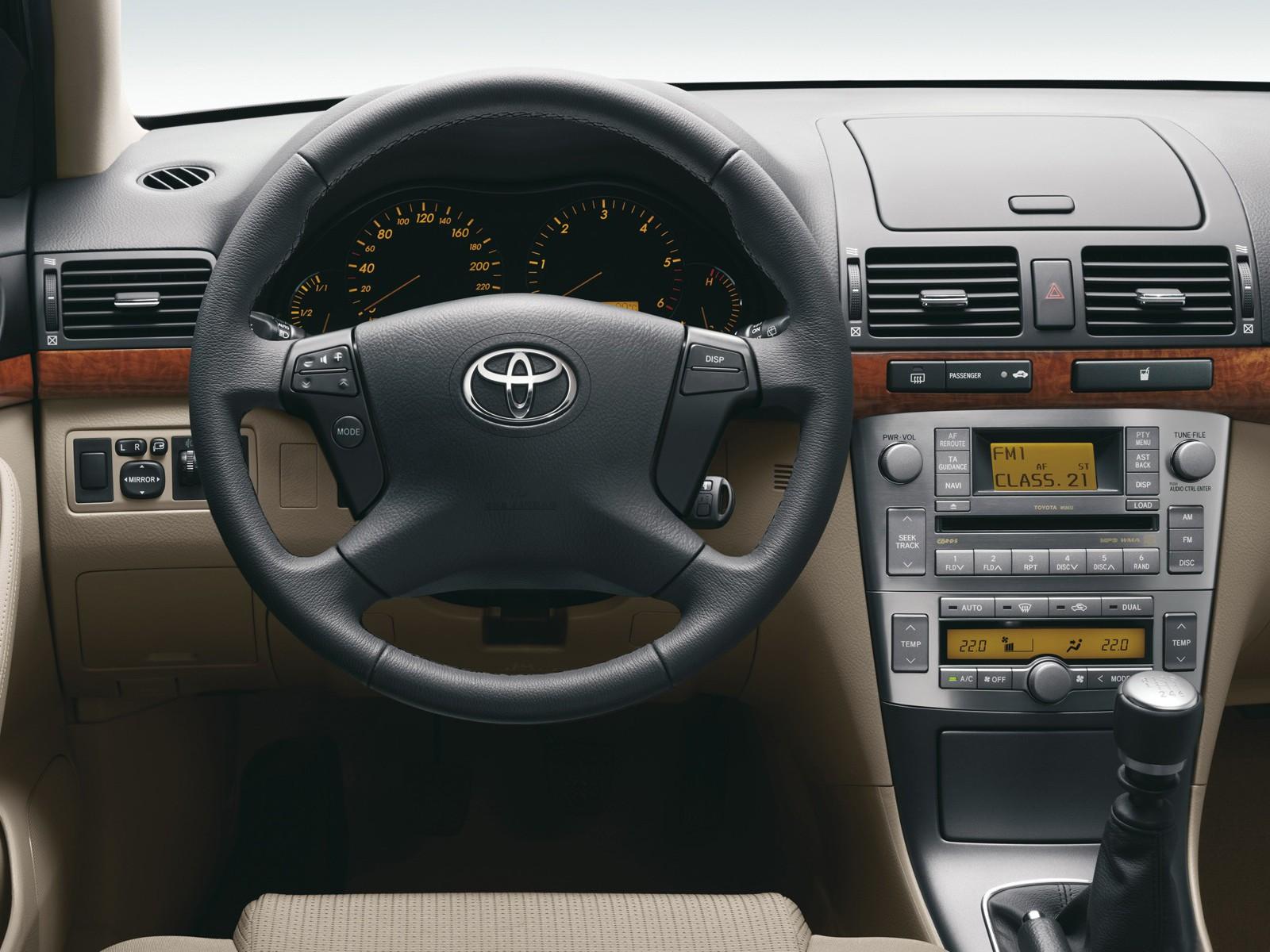 TOYOTA Avensis specs & photos - 2003, 2004, 2005, 2006 ...