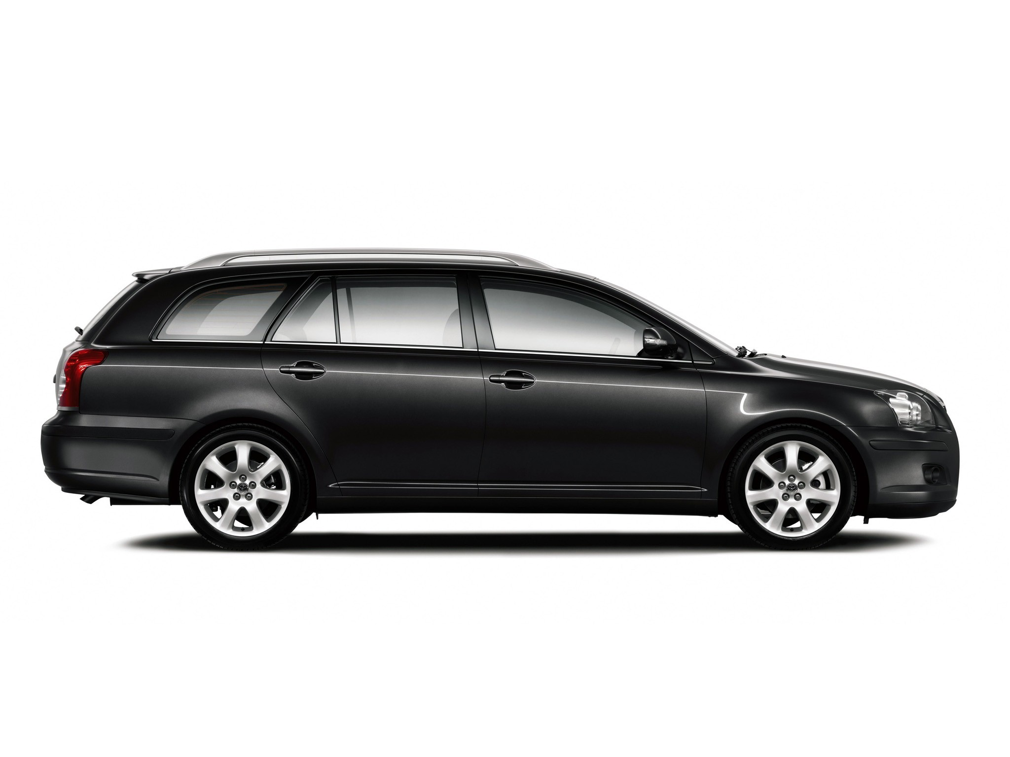 toyota avensis wagon 2006 2007 2008 autoevolution. Black Bedroom Furniture Sets. Home Design Ideas
