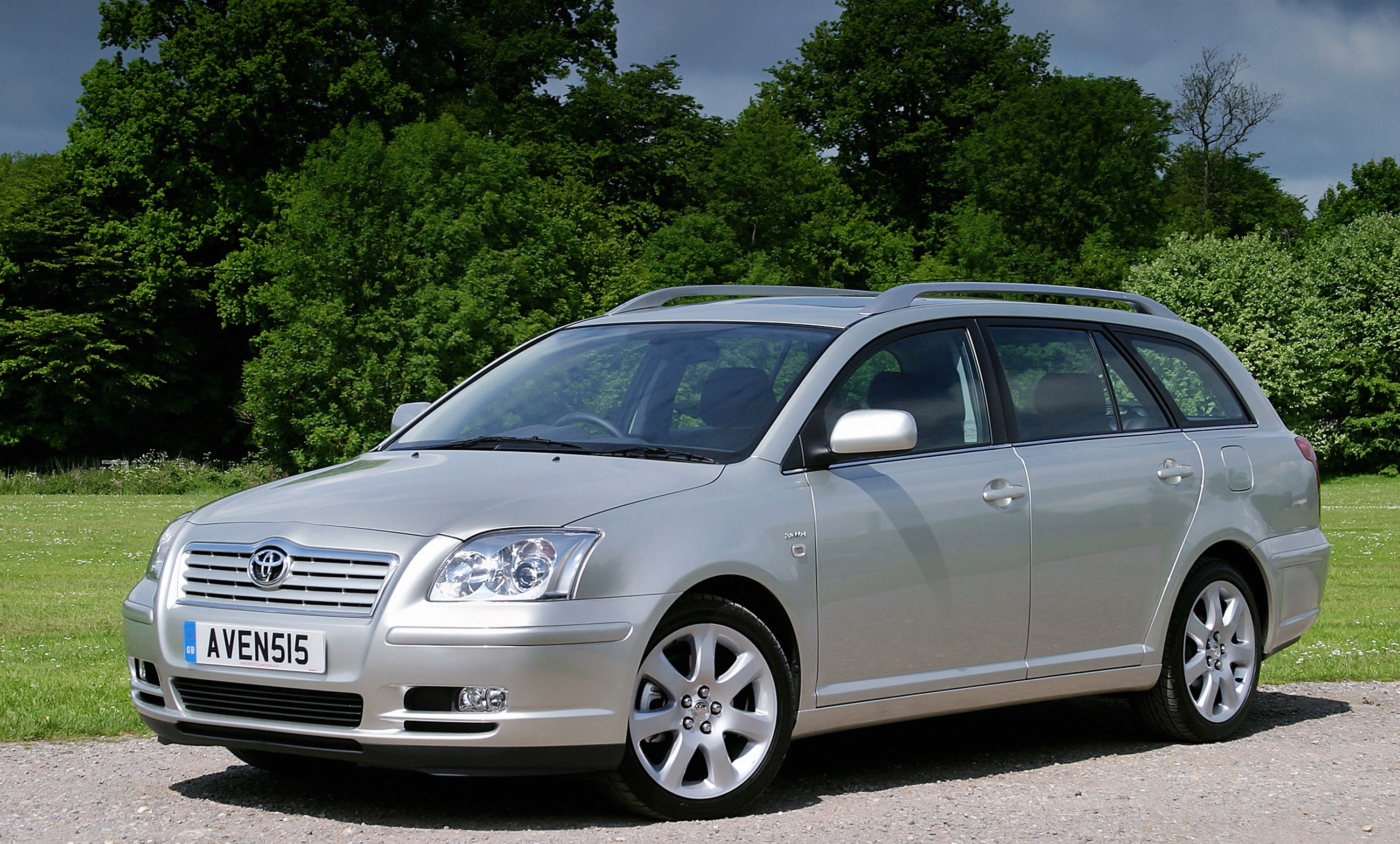 toyota avensis wagon specs 2006 2007 2008 autoevolution. Black Bedroom Furniture Sets. Home Design Ideas