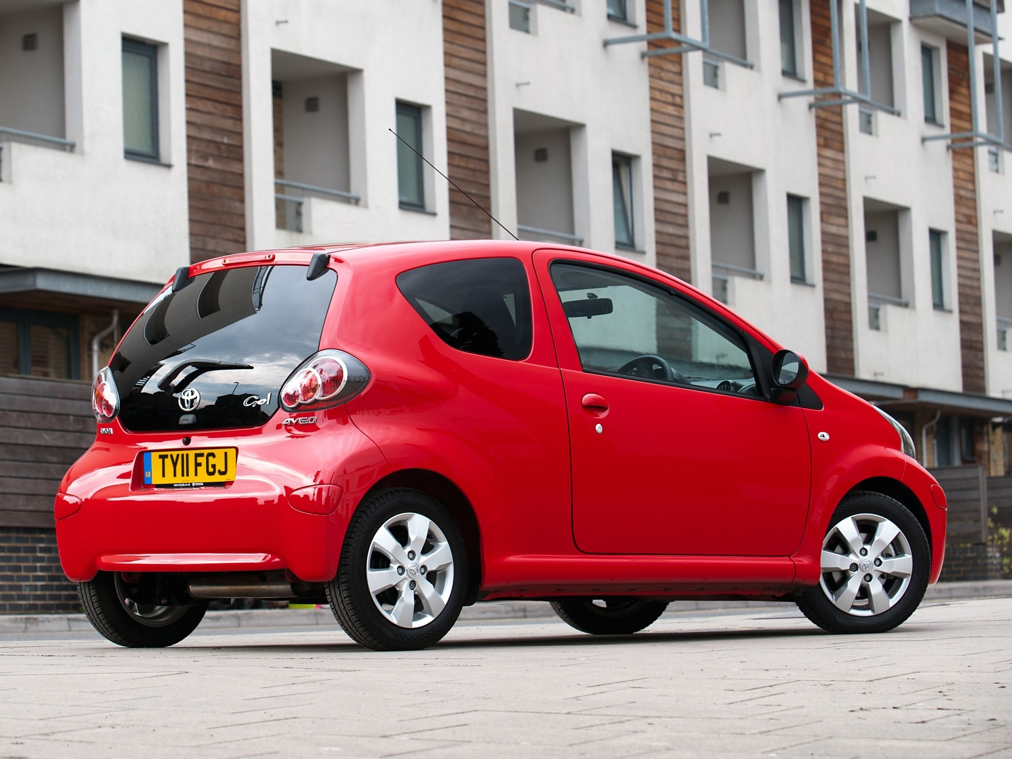 Toyota Aygo 3 Doors Specs Amp Photos 2009 2010 2011