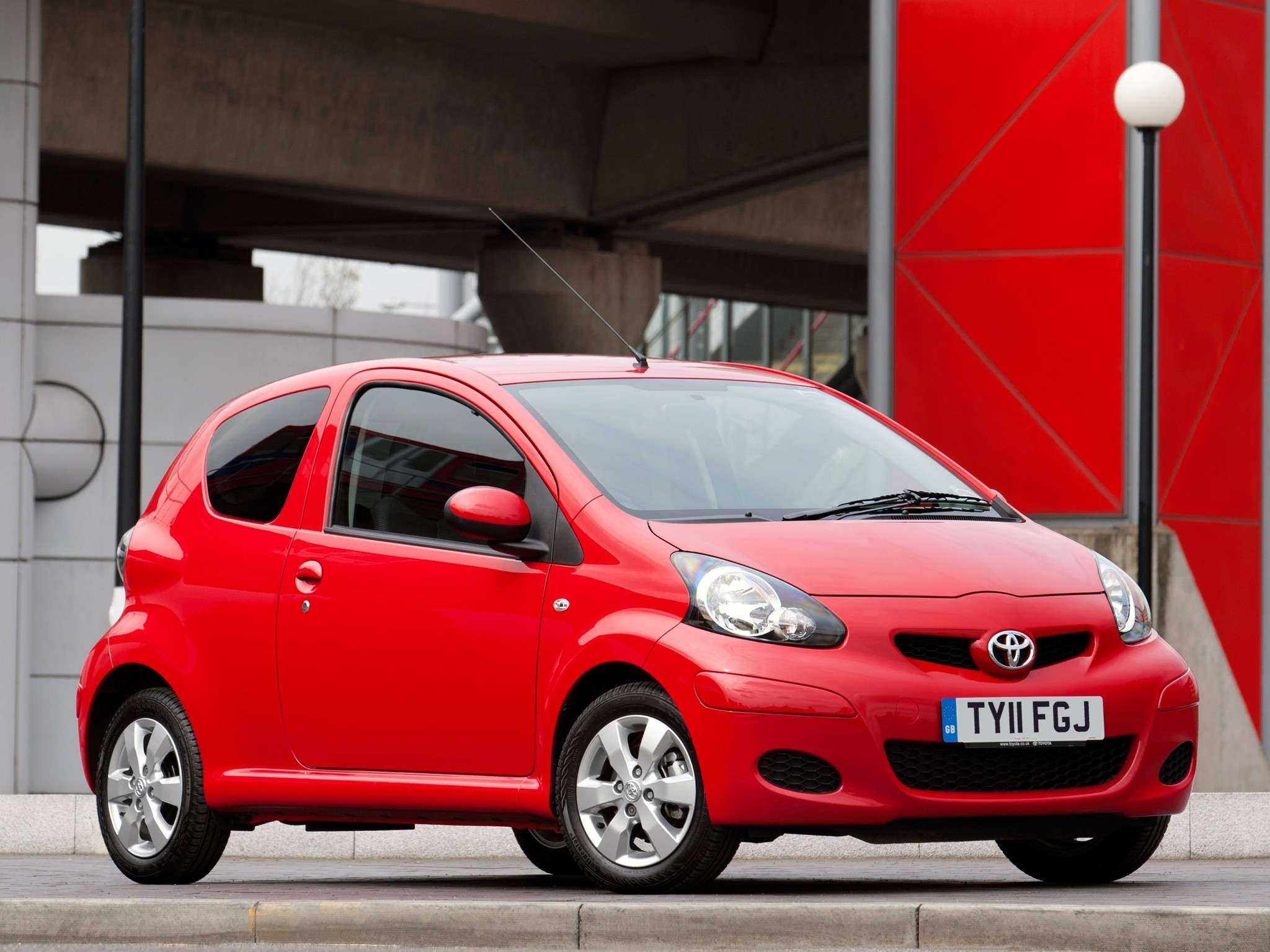 Build A Toyota >> TOYOTA Aygo 3 doors specs & photos - 2009, 2010, 2011, 2012, 2013, 2014 - autoevolution