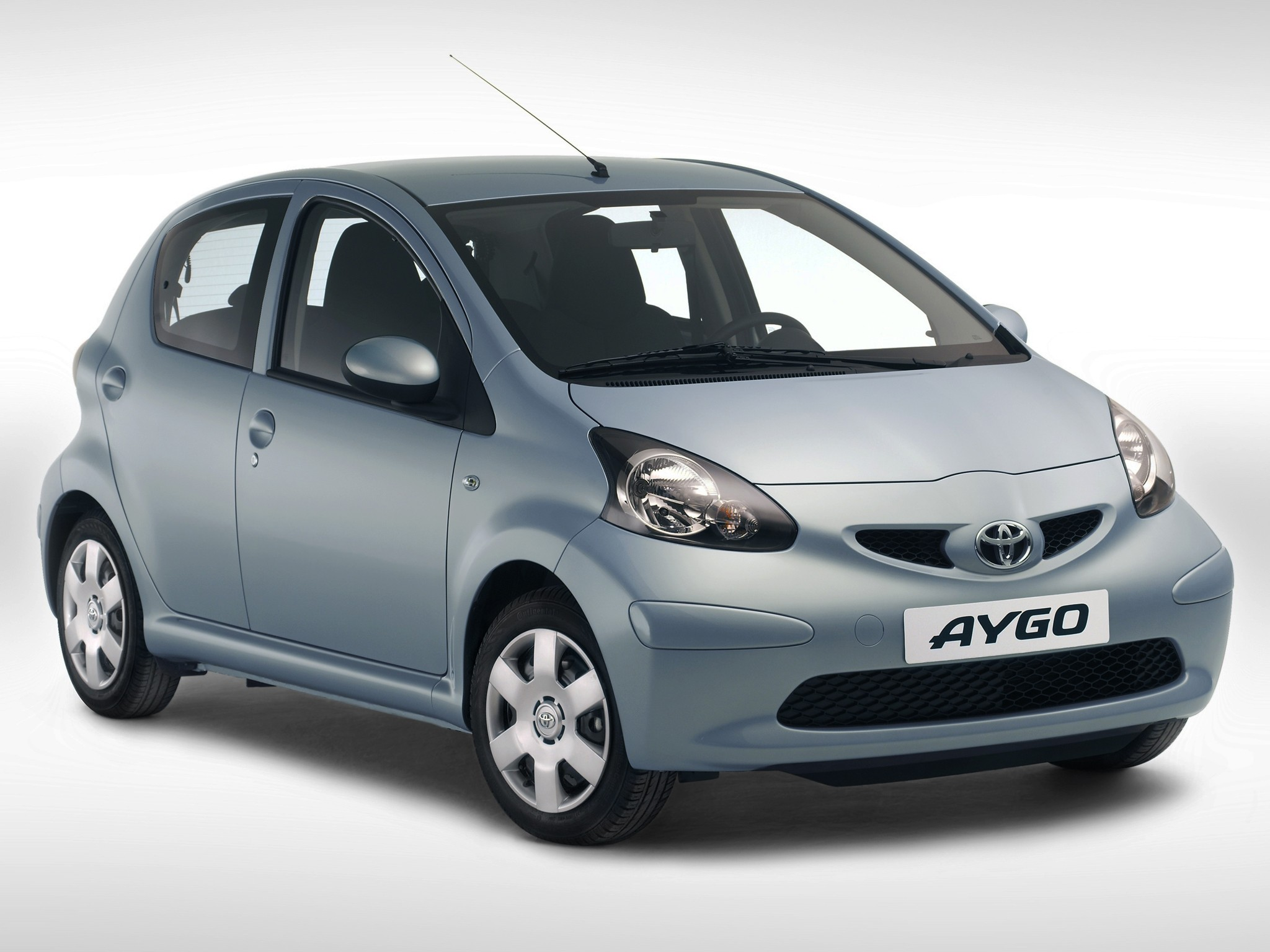 toyota aygo 5 doors specs 2005 2006 2007 2008 autoevolution. Black Bedroom Furniture Sets. Home Design Ideas