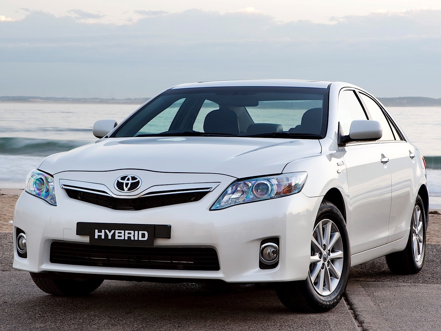 toyota camry hybrid specs 2009 2010 2011 2012 2013 2014 autoevolution. Black Bedroom Furniture Sets. Home Design Ideas