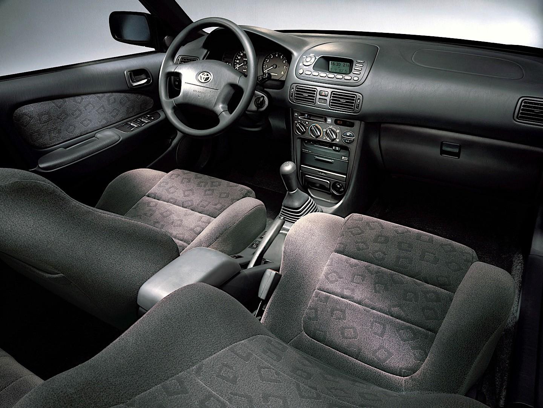 Toyota Corolla 3 Doors Specs Photos 2000 2001 2002 Autoevolution Hatchback