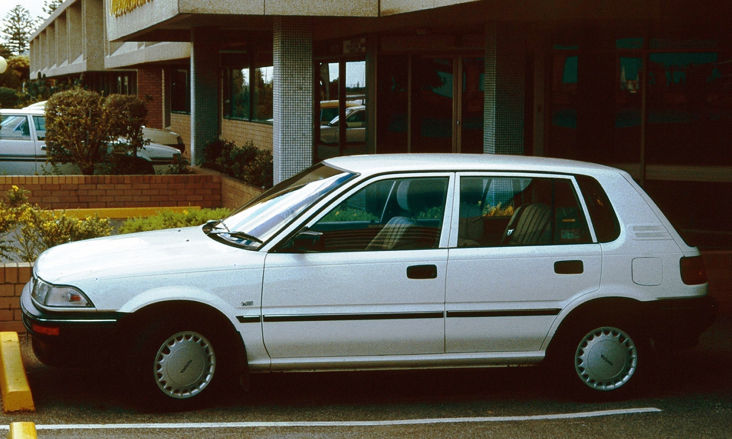 Toyota Corolla Doors on 1991 Toyota Tercel Hatchback