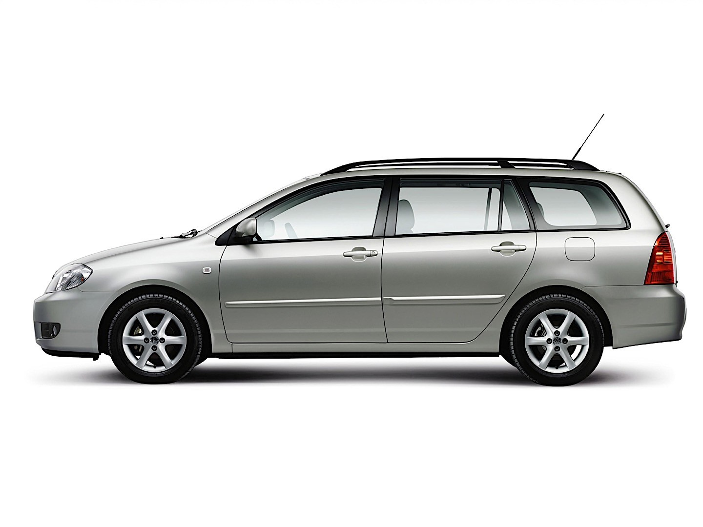 Toyota Station Wagon >> TOYOTA Corolla Wagon specs & photos - 2004, 2005, 2006 ...