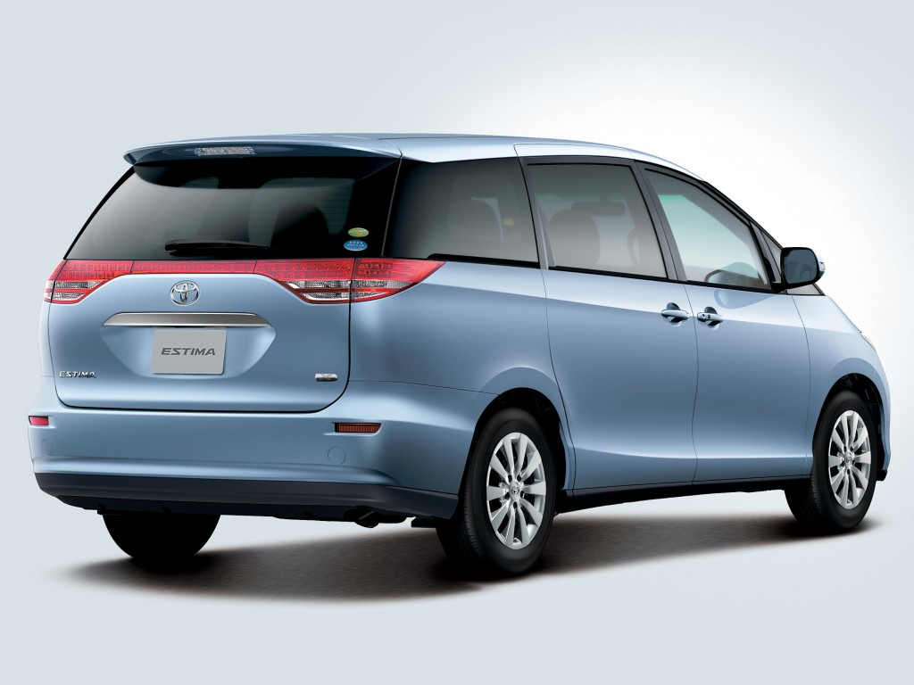 2020 Toyota Estima First Drive