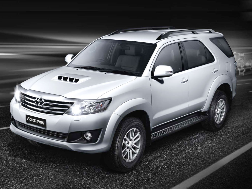 Toyota Fortuner 2011 on toyota hilux car audio system